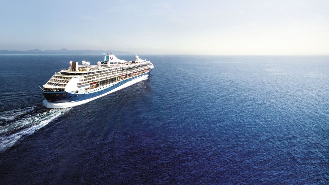 Five reasons to book your cruise now