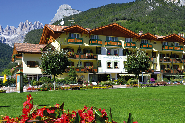 Alle Dolomiti Boutique Lake Hotel in Molveno, Italy