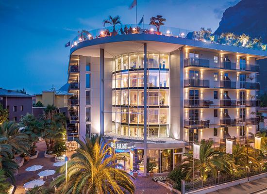 Kristal Palace hotel, Riva