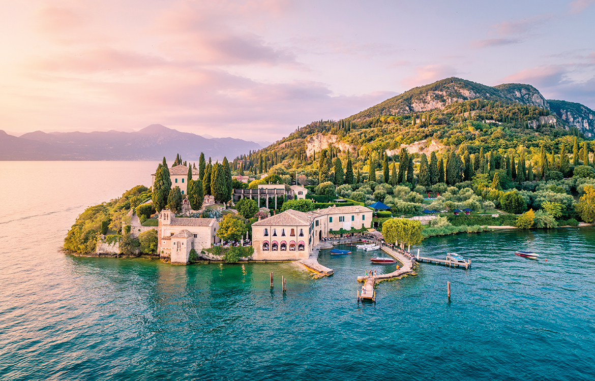 Lakes & Mountains: Must-see destinations for summer 2021